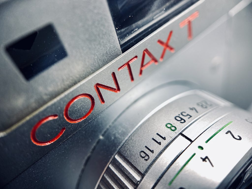 Review and samples photos of Contax T 35mm point and shoot film camera
