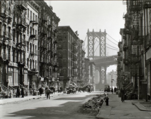 15 Pictures of New York in the 1930's on 8×10 camera by Berenice Abbott